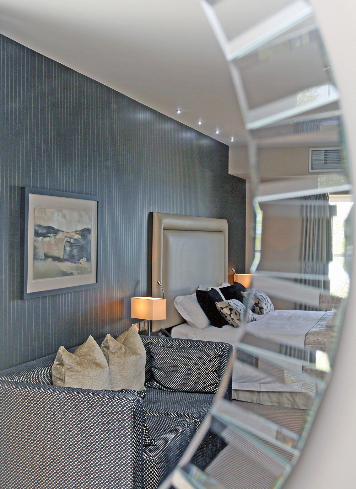 LlawnrocRm11g 16/06/2016 Room 11, a generous dual aspect suite room with sea views and a large bathroom with a separate shower and bath. This suite can be made as a double or twin room.